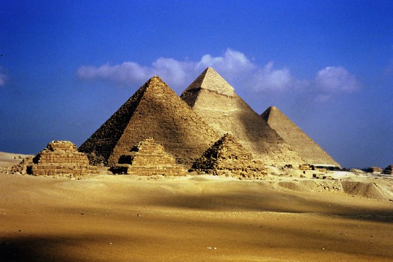 1-The-Great-Pyramids-at-Giza-in-Egypt