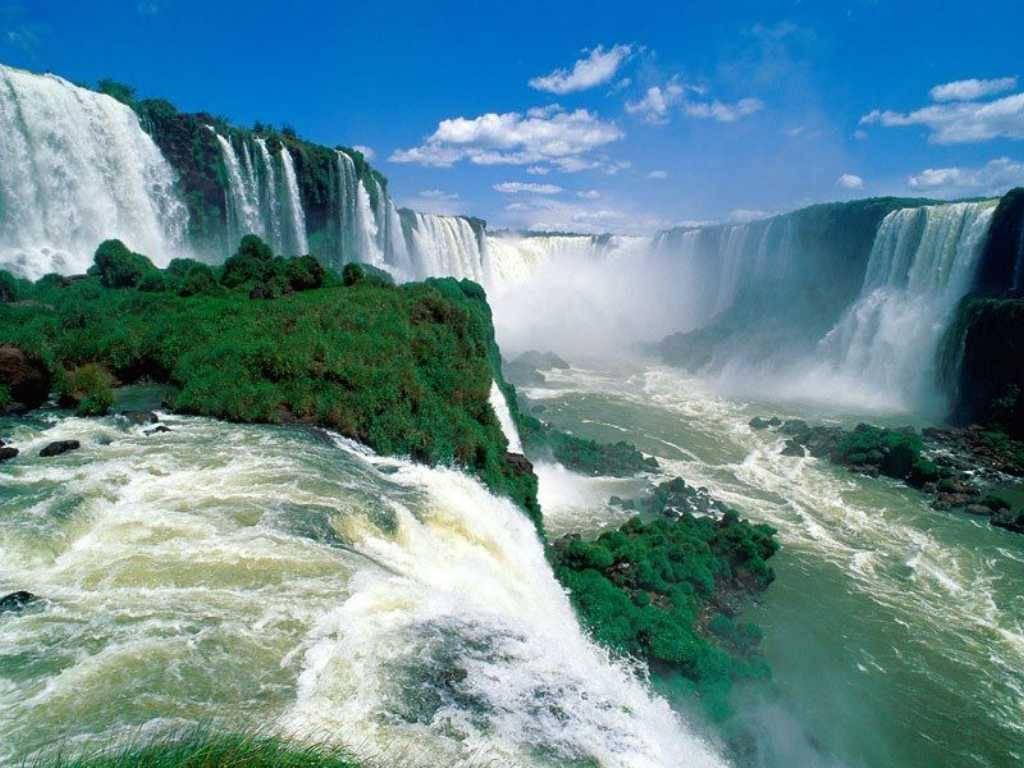 6-Victoria-Falls-on-the-Zambia-and-Zimbabwe-Border