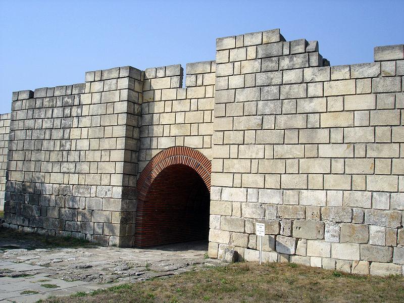 Pliska_-_Gate