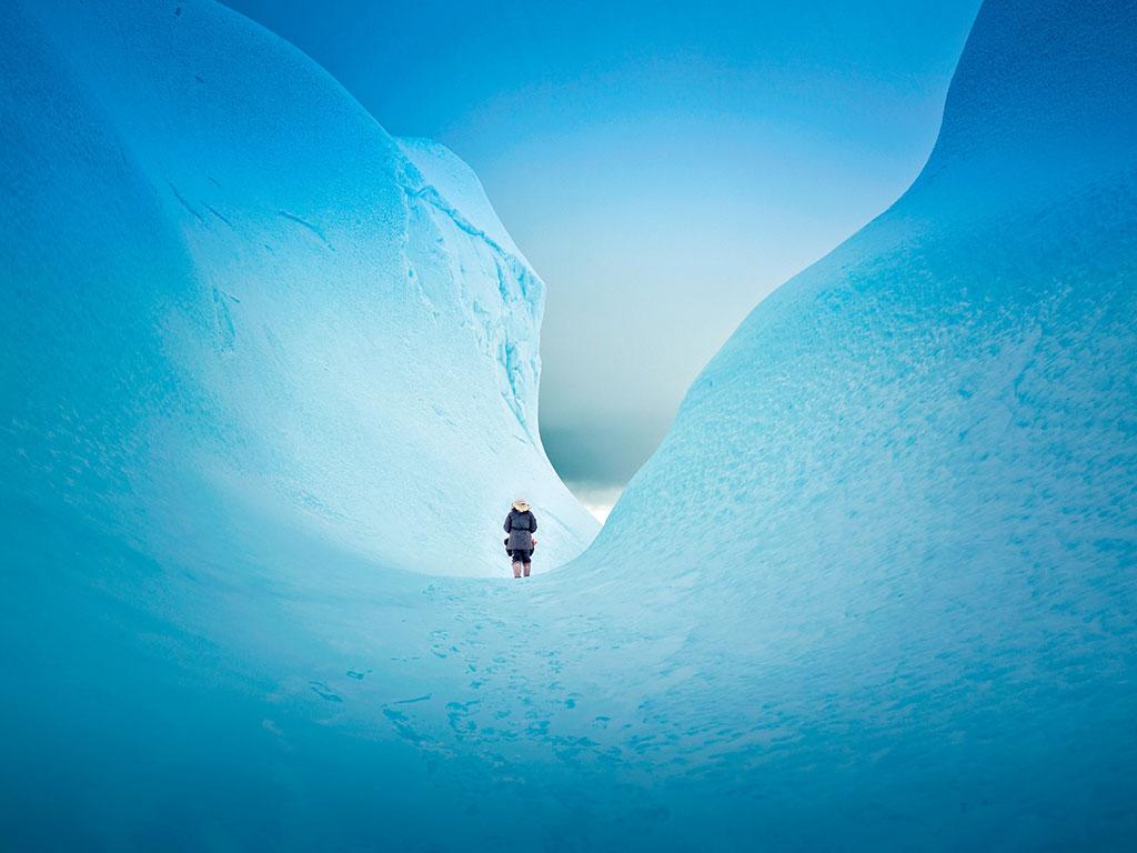 В замръзналата територията на Нунавут можете да се ходи по вода.