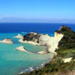 Да посетиш изумрудения остров Корфу е като да си купиш скъпо бижу