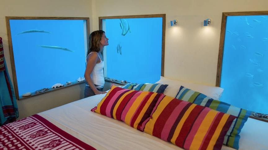 Manta-Underwater-Room