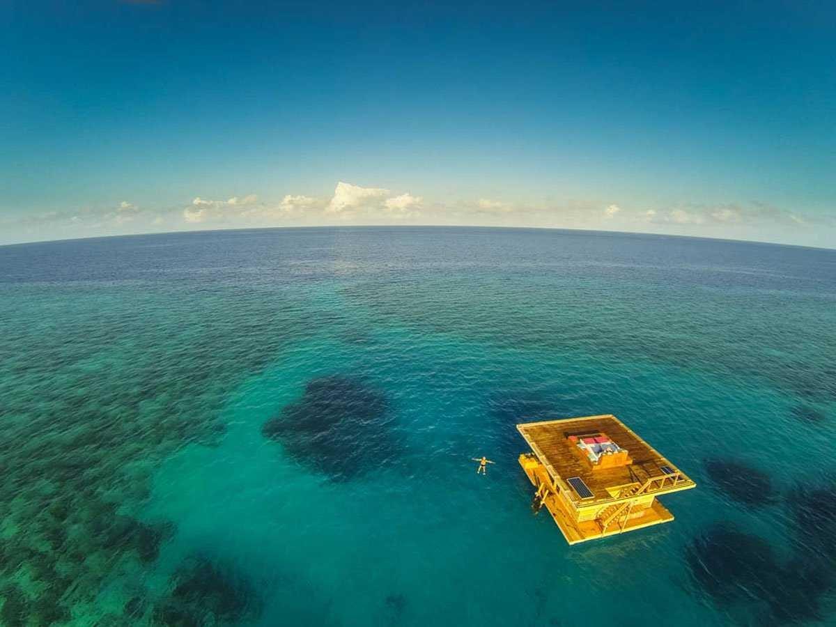 underwater-hotel-1