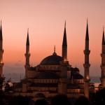 """Изкуство и легенди се срещат в """"Синята Джамия"""""""