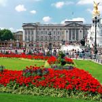 Бъкингамският дворец - символът на британската монархия