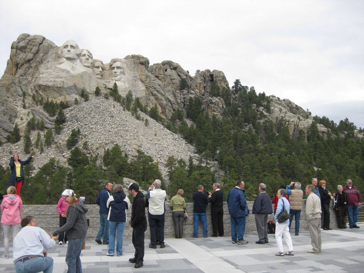 mount-rushmore-visitors-center