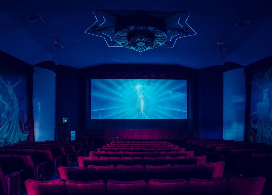 10-franck-bohbot-cinemas-08__880