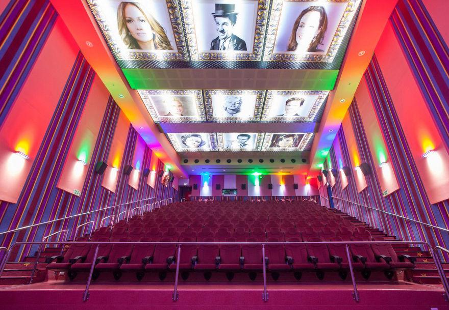 20-cinemas-interior-cinema-city-jerusalem__880