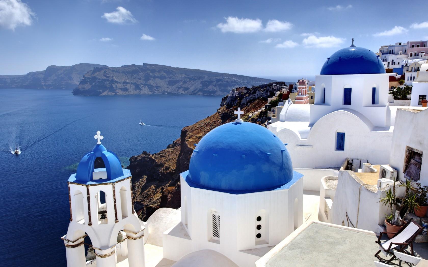 11_Greek_Island_103879532-1680x1050