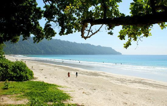 12-radhanagar-beach