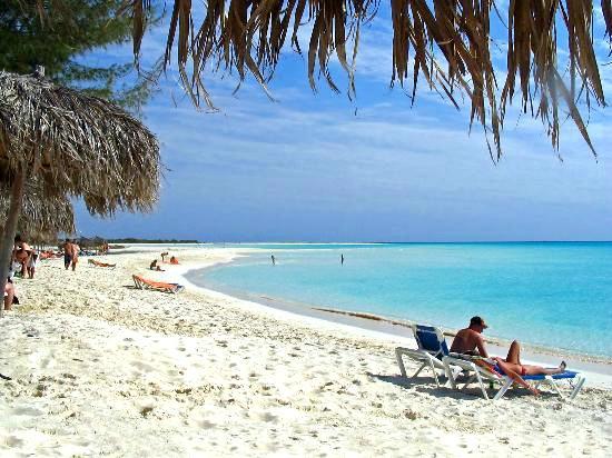 4-playa-paraiso-beach