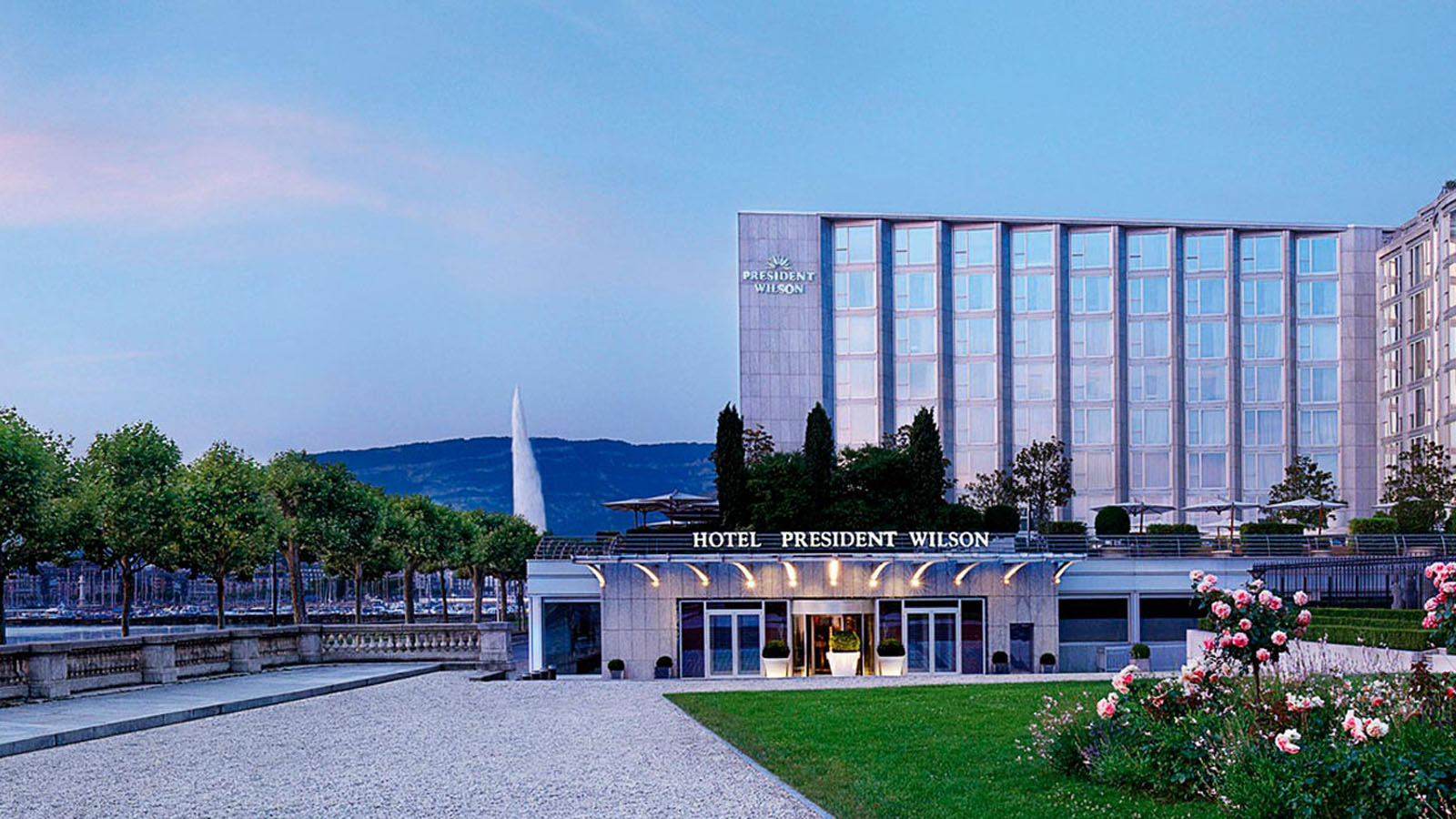 Hotel-President-Wilson-Panorama-Aussenansicht-lux1274ex96907