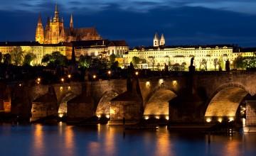 Charles_bridge_Prague_-_tunliweb.no