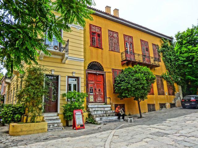 plaka-houses