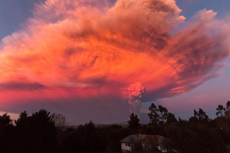 volcano-eruption-calbuco-chile-14__880