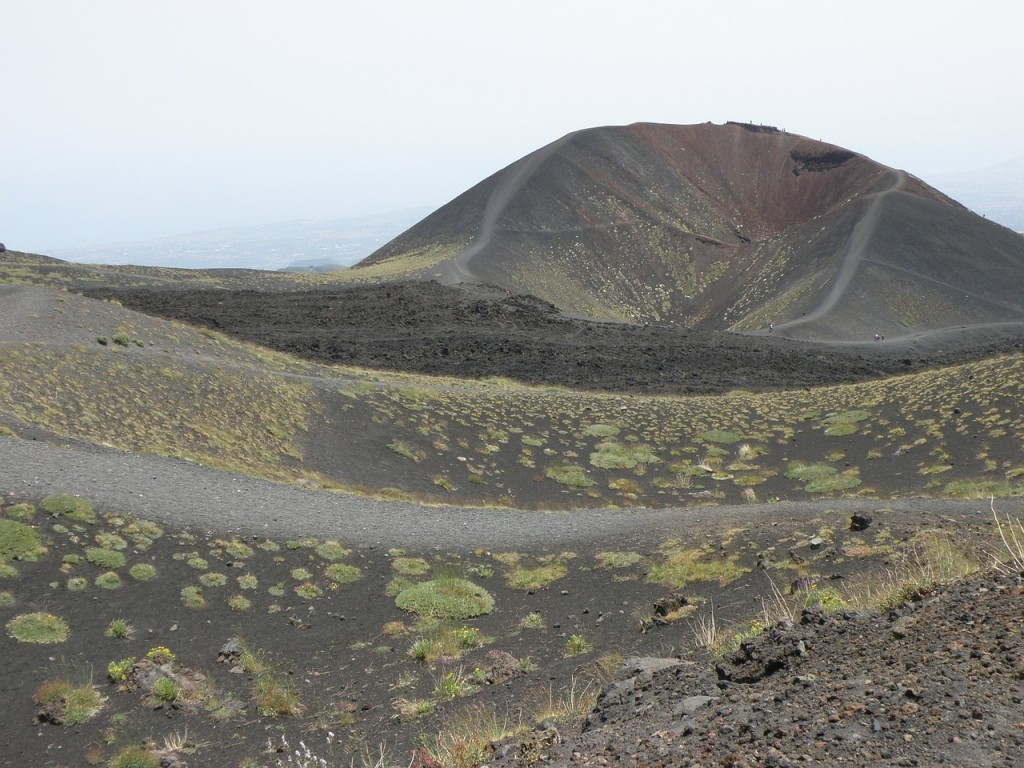 the-crater-620206_1280