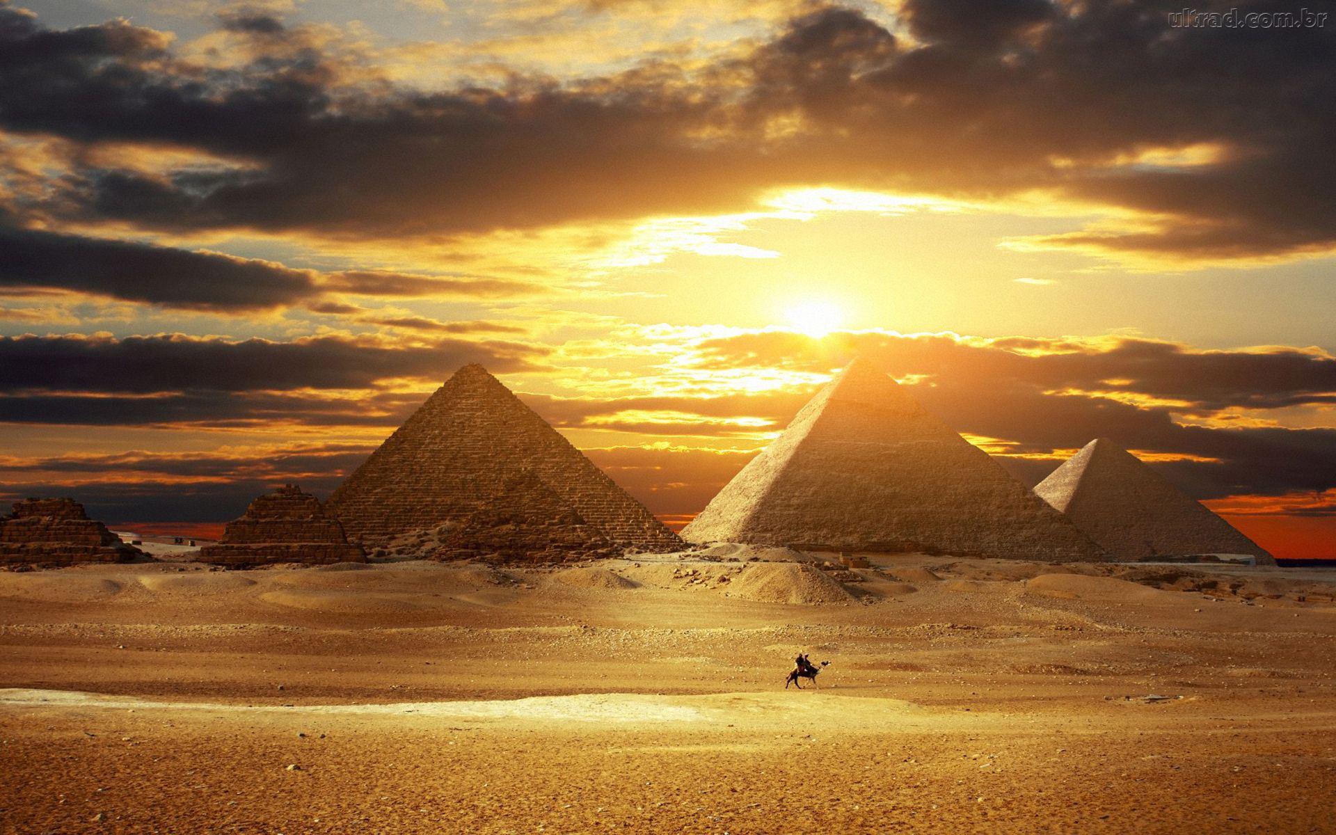 9-Piramides