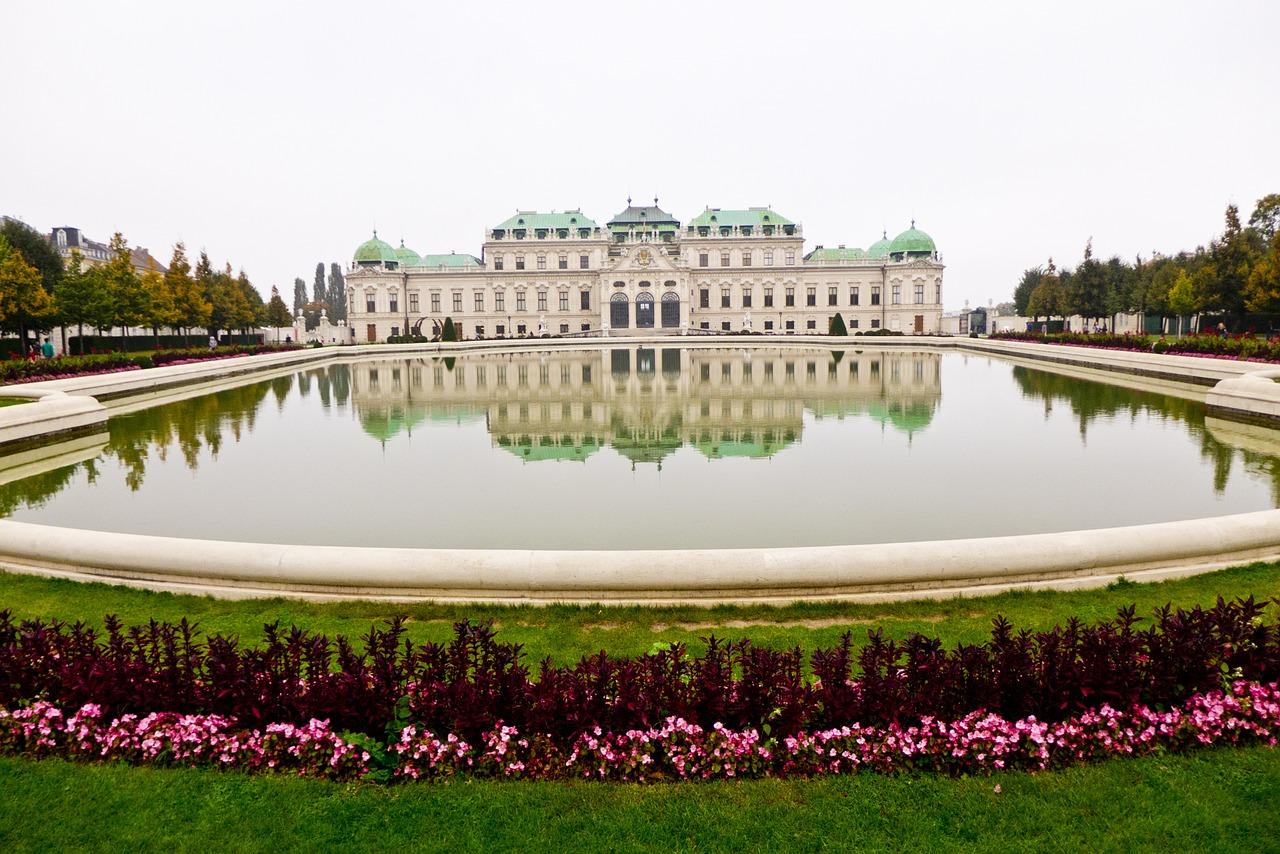 belvedere-architecture-612707_1280