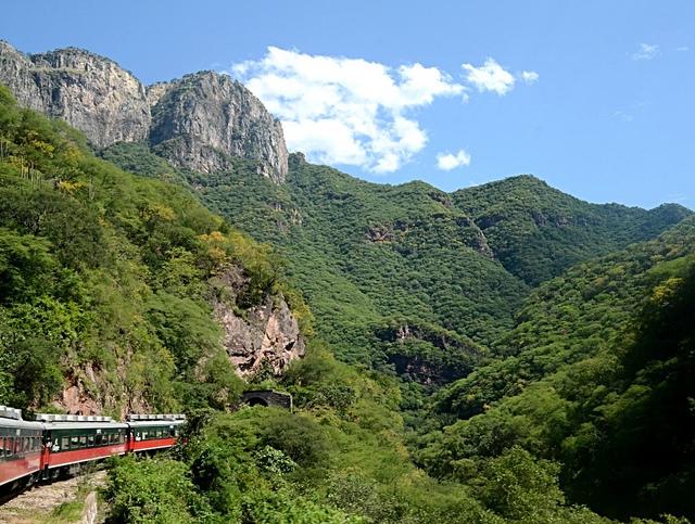 copper-canyon-railway