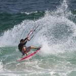 Бразилският DJ, който танцува по вълните