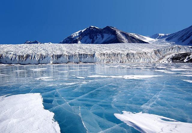 10-antarctica-63056_640