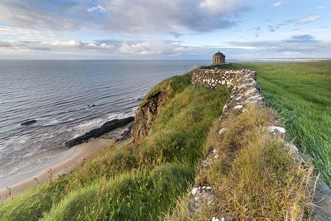 19-mussenden_temple_downhill_beach_northern_ireland_680