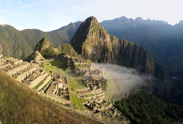 Притегателната точка е Мачу Пикчу. Изгубеният град на инките поставя Лима на челни позиции.