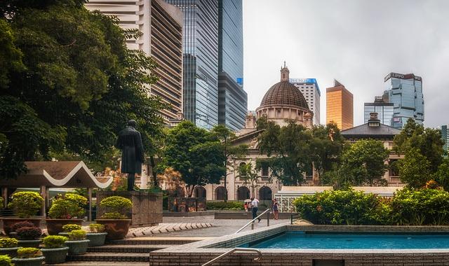 Този специален административен район в Китай е обявен за третия най-скъп град в света. 8 840 000 са туристите, посетили Хонконг за миналата година.