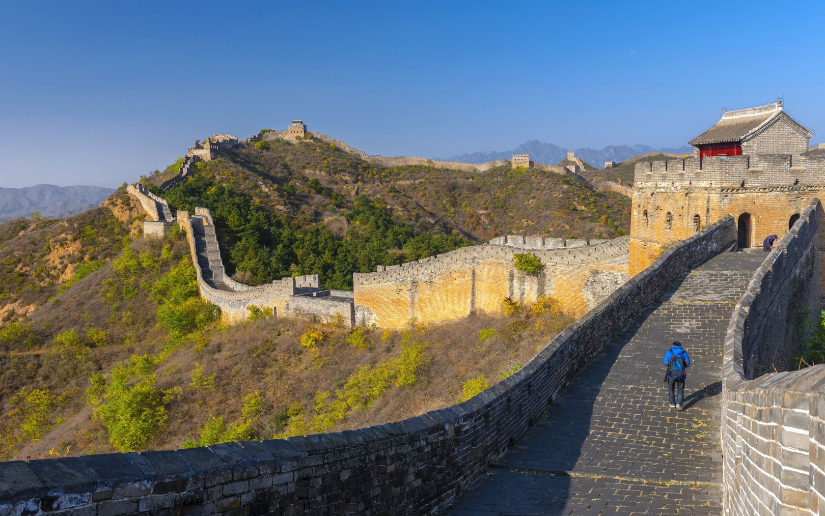 15Overs-Great-Wall-of-China-rexfeatures_3976323a-1680x1050