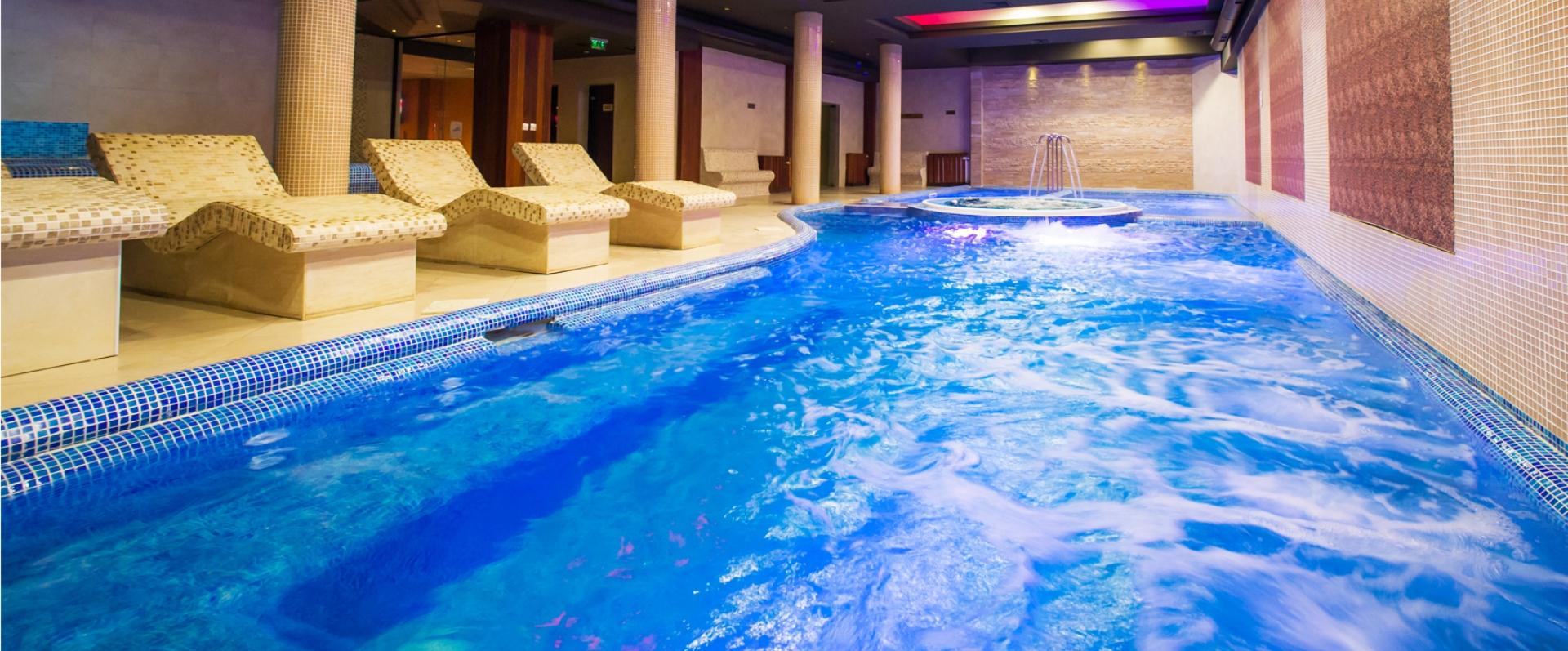 Гранд Хотел Банско - Pool-Photo