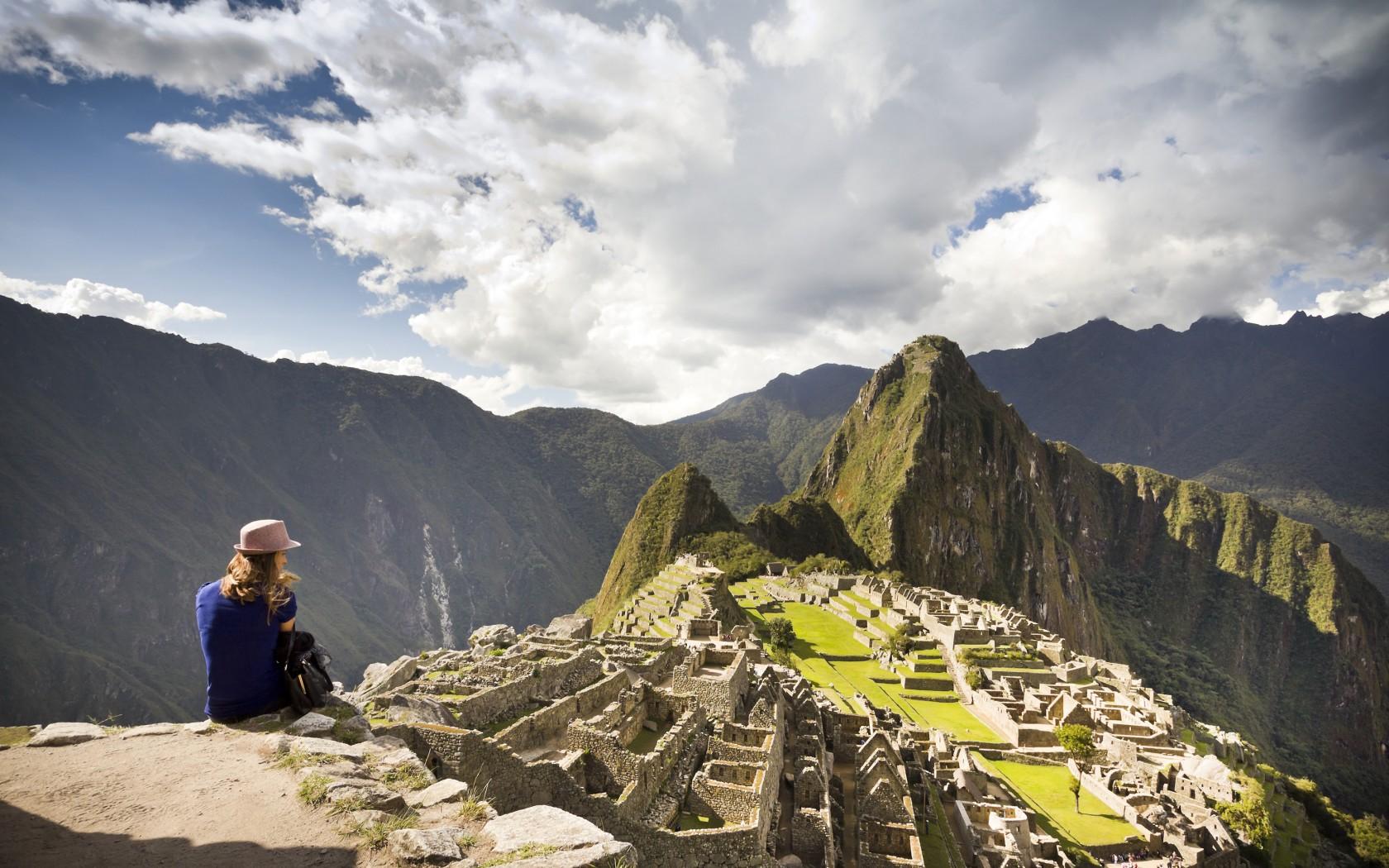 9Edited-Machu-Pichu-42-29119526-1680x1050