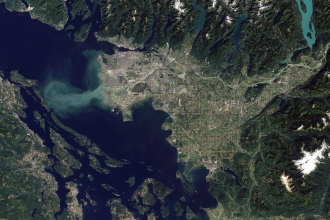 15. Река Фрейзър, която преминава през Ванкувър, Канада по пътя си към морето