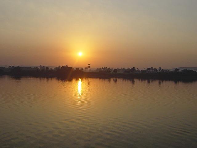 sunset-78043_640