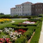 Дворецът Венария – от кралска резиденция до казармата на Наполеон