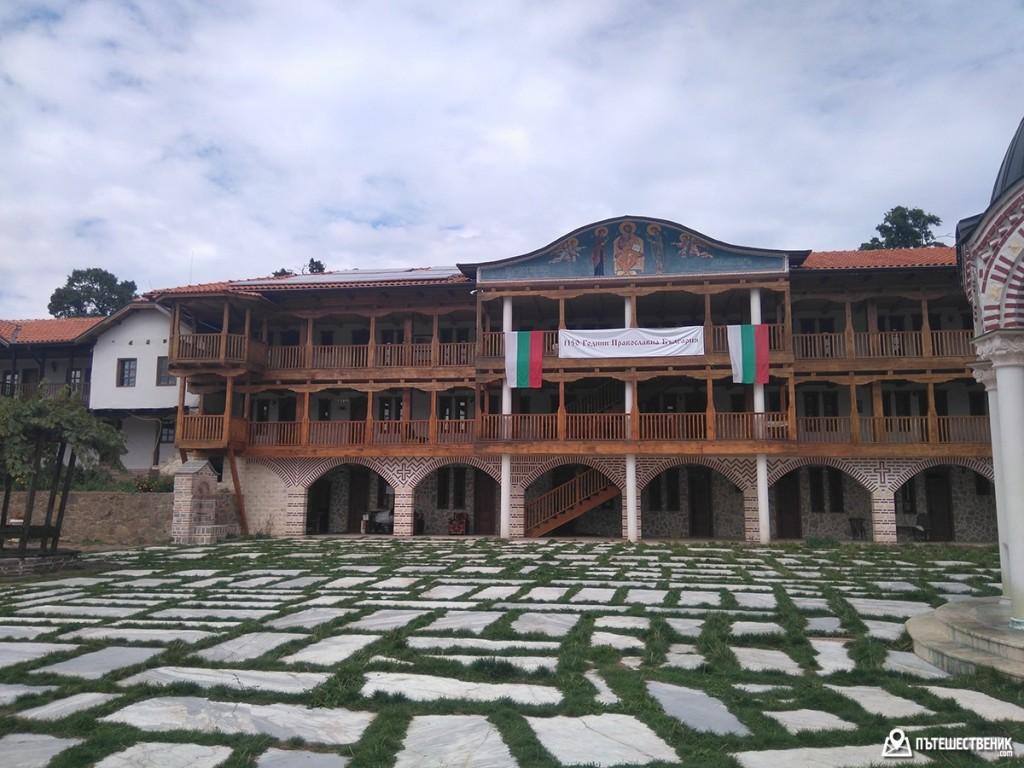 гигински-манастир-08