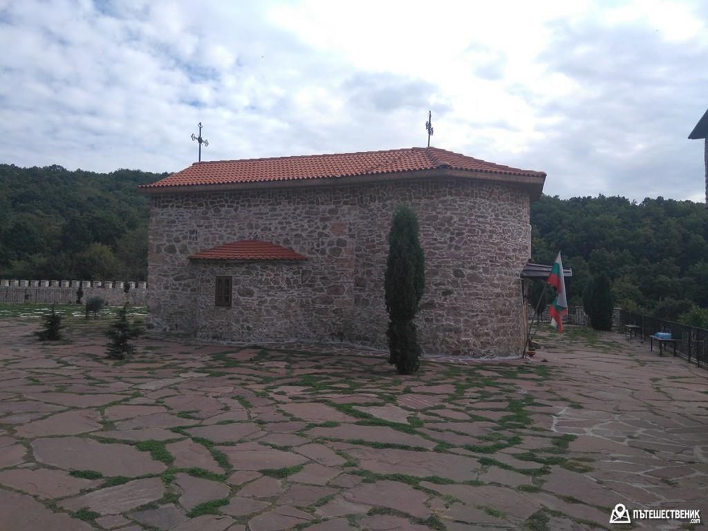 гигински-манастир-09