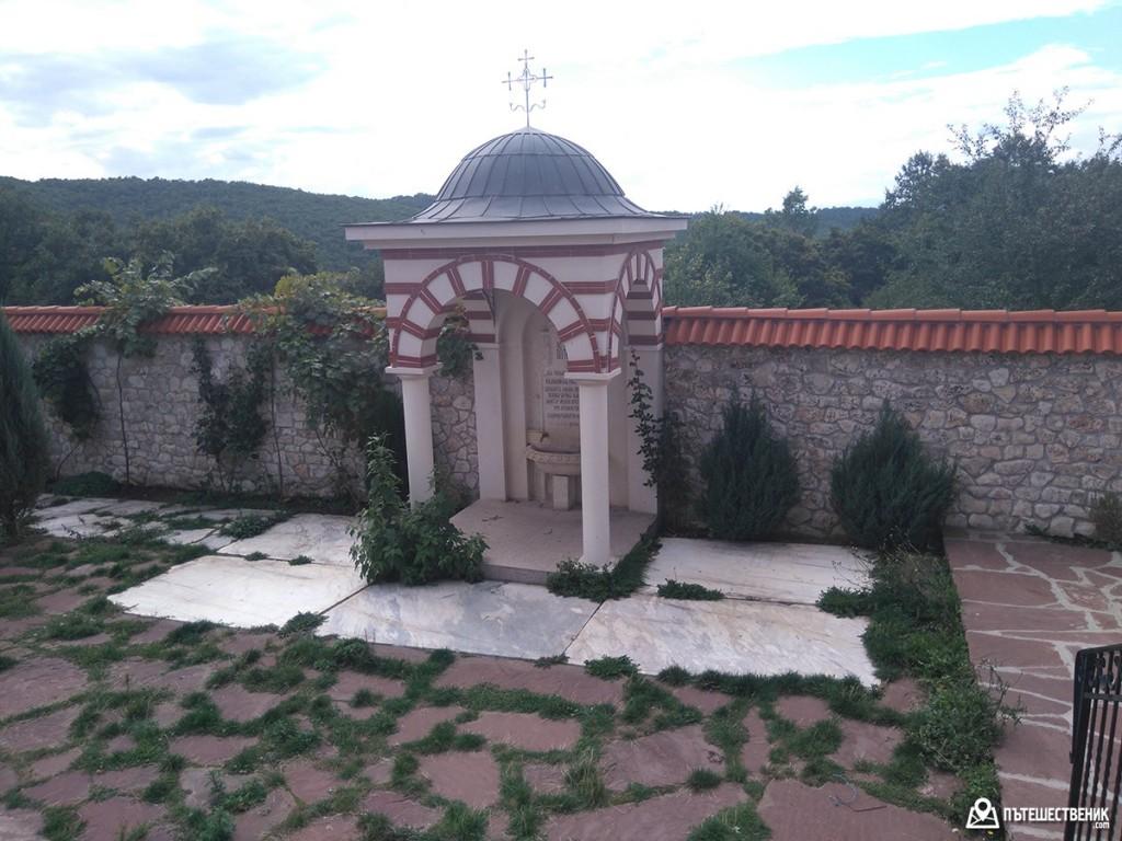 гигински-манастир-16