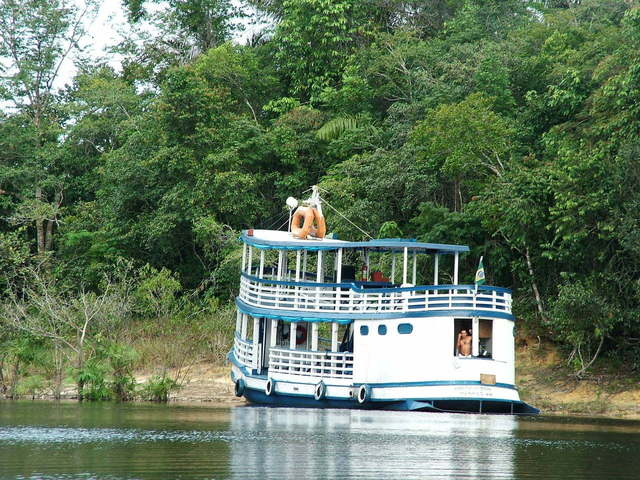 amazon-river-1362874-640x480