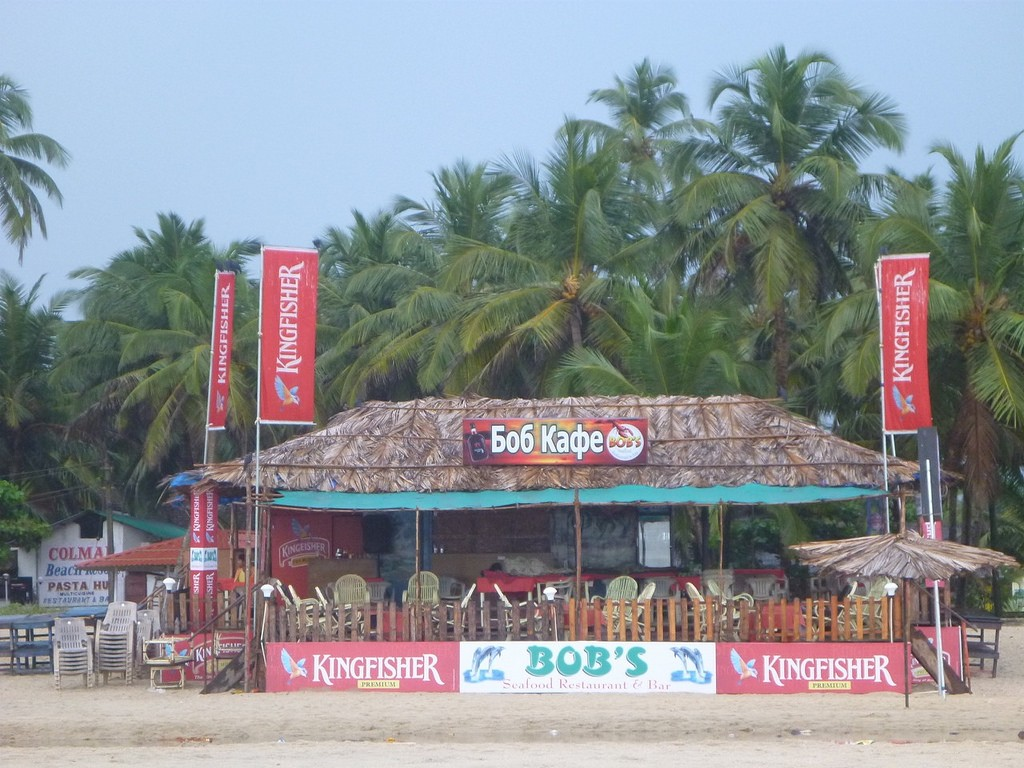 eustaquio-goa-beach-bob-cafe