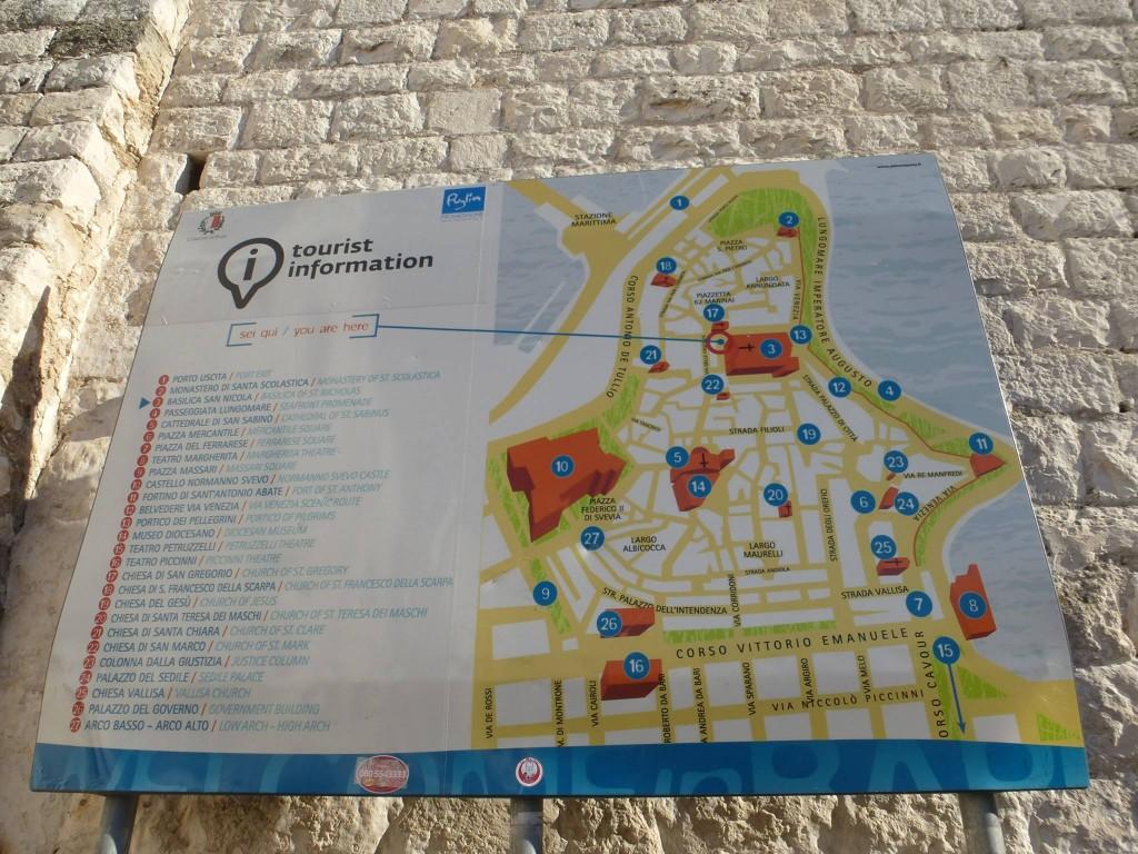 Карта на стария град. Номер 3 е Катедралата