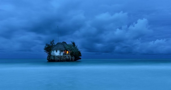 The-Rock-Restaurant-Zanzibar-11