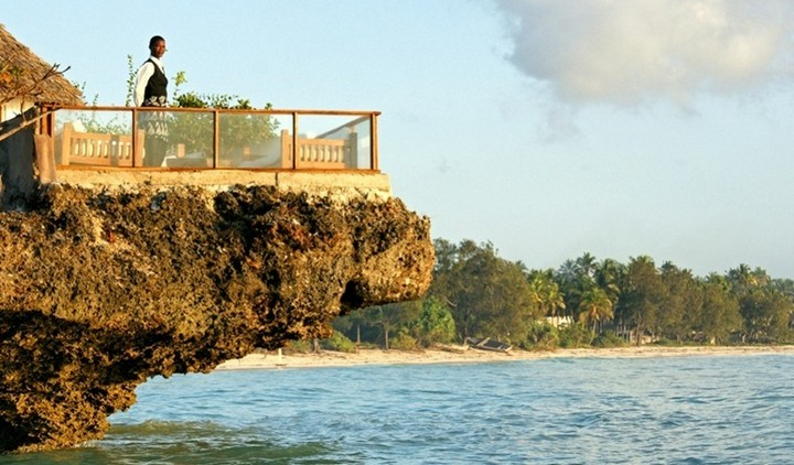 The-Rock-Restaurant-Zanzibar-7