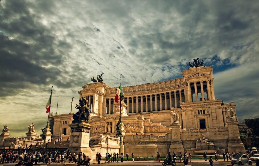 rome-vittorio-emanuele-monument-298412_1920