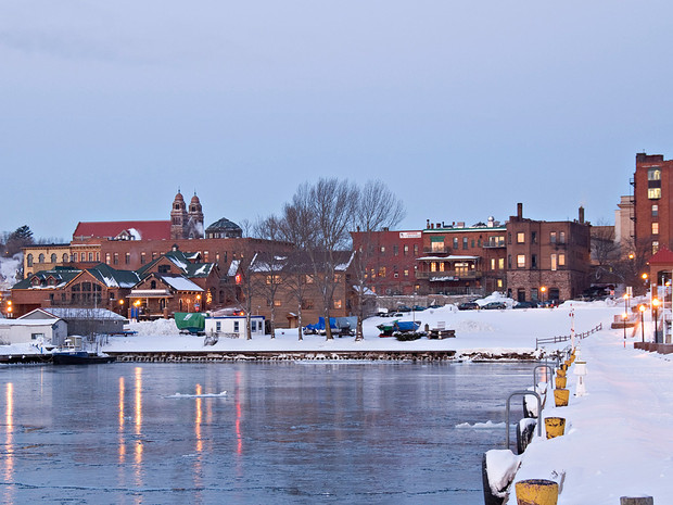 08_marquette-michigan-snowiest-places-