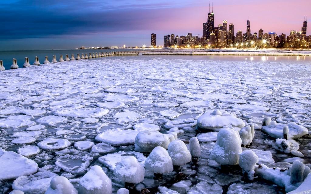 Lake-Michigan-or-frozen-lake