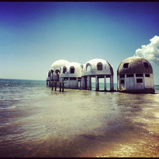 10-Abandoned-dome-houses-in-Southwest-Florida-540x540
