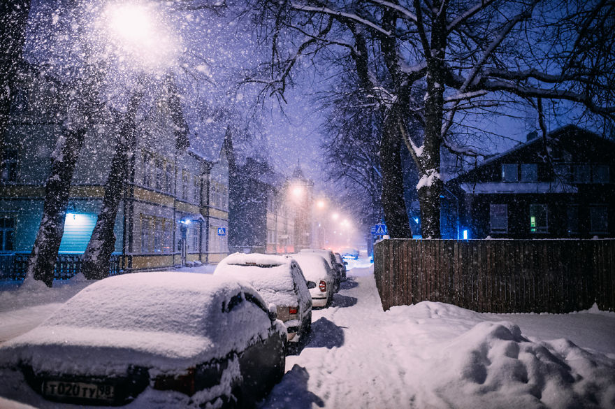 after-missing-my-bus-i-decided-to-walk-home-in-a-blizzard-and-photograph-my-city-tallinn-22__880