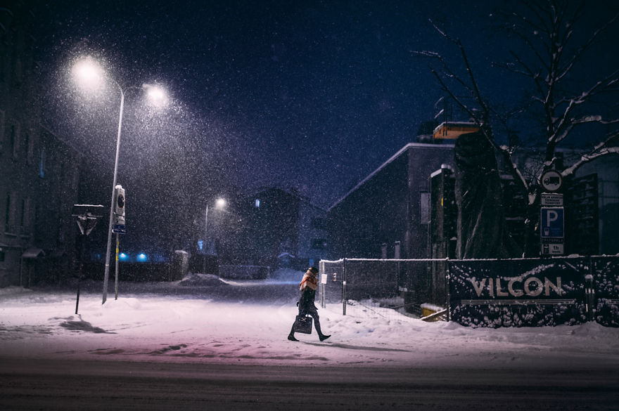 after-missing-my-bus-i-decided-to-walk-home-in-a-blizzard-and-photograph-my-city-tallinn-40__880