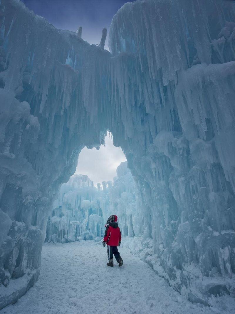 ice-castles-brent-christensen-2[2]