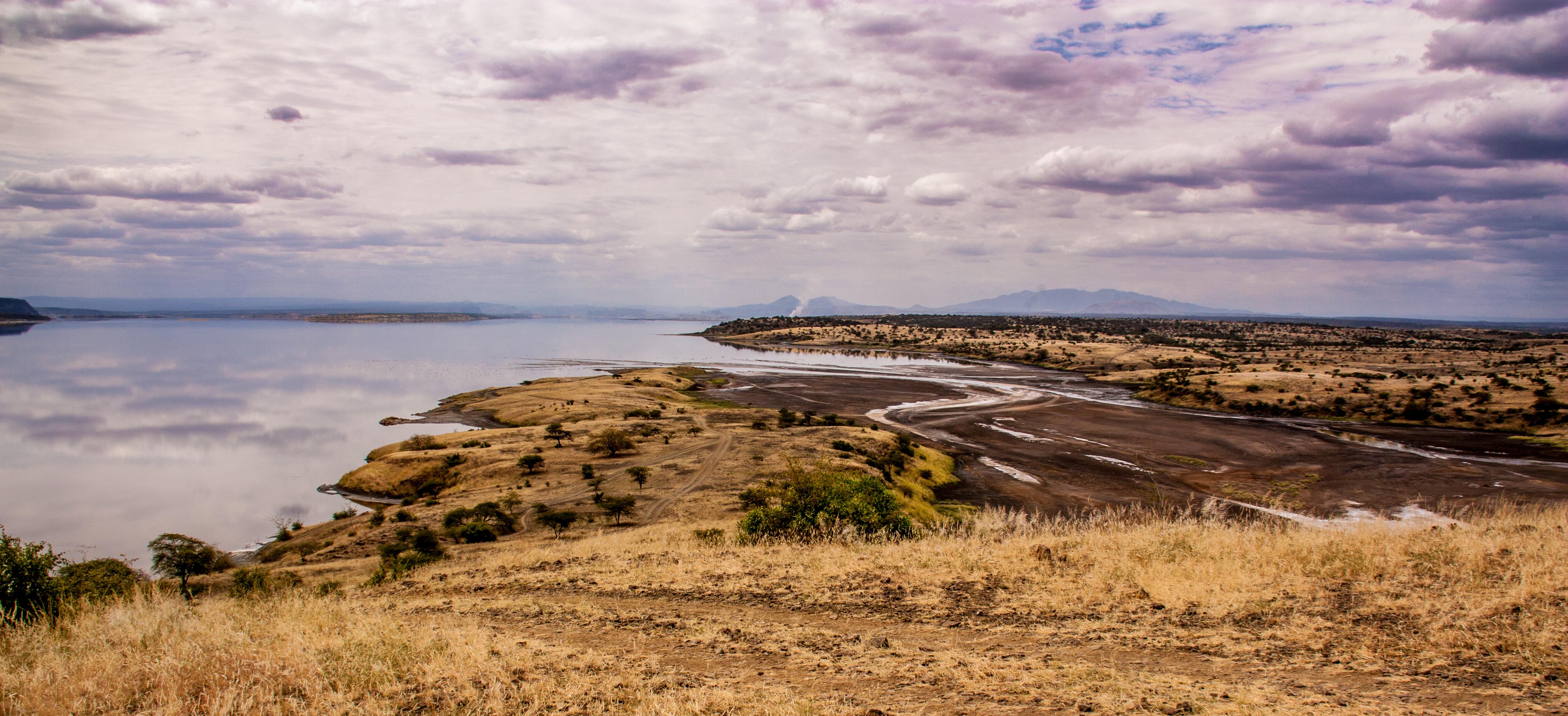 Езерото Магади, от чийто води правят стъкло и хартия